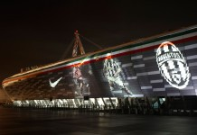 Juventus Stadium, fonte By Hpnx9420 at English Wikipedia, CC BY-SA 3.0, Link