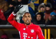 Douglas Costa, fonte By Светлана Бекетова - http://www.soccer.ru/galery/948119.shtml, CC BY-SA 3.0, https://commons.wikimedia.org/w/index.php?curid=53478581