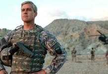Brad Pitt in War Machine, fonte Netflix