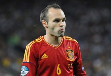 Andrés Iniesta, fonte By Football.ua, CC BY-SA 3.0, https://commons.wikimedia.org/w/index.php?curid=20107433