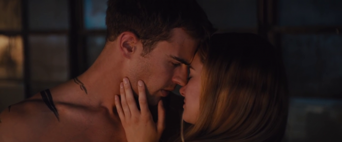 Shailene Woodley e Theo James in Divergent, fonte screenshot youtube