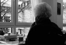 Donna anziana, fonte Pixabay