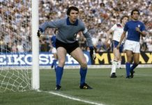 Dino Zoff, fonte Di Getty Images - Zoff ricorda il trionfo azzurro, su it.uefa.com, 15 maggio 2012., Pubblico dominio, https://it.wikipedia.org/w/index.php?curid=3833289