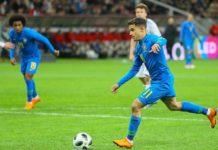 Philippe Coutinho, fonteBy Дмитрий Садовников for soccer.ru - https://www.soccer.ru/sites/default/files/styles/big_galery_slider/public/galery/sdm_6407.jpg, CC BY-SA 3.0, https://commons.wikimedia.org/w/index.php?curid=81245277
